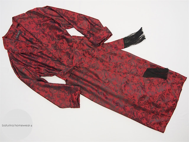 Exklusiver Morgenmantel für Herren aus Paisley Seide Dunkelrot Lang Leicht Dünn Hausmantel Jacquard Rot Englischer Morgenrock Dressing Gown.