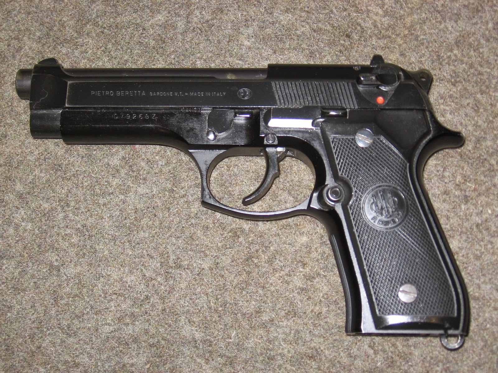 old school guns the underrated beretta m9 pistol