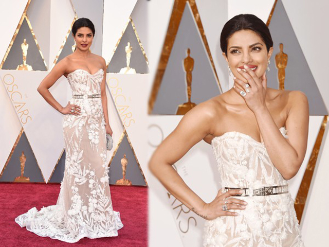 Google-search-at-the-top-of-the-dress-Priyanka