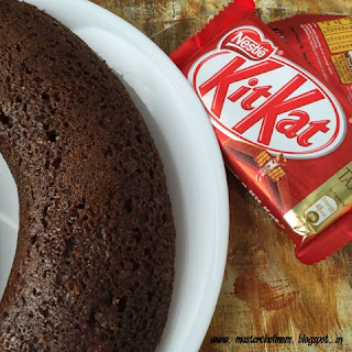 KITKAT CHOCOLATE CAKE