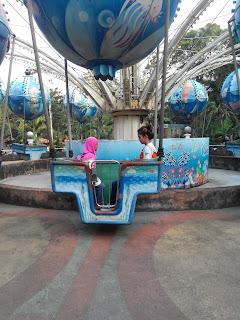 Ubur-ubur, salah satu permainan di Ocean Dream