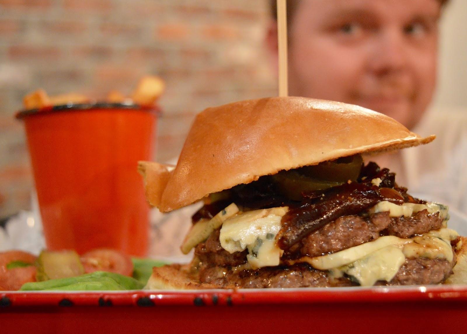 Top 10 Child Friendly Restaurants in Newcastle City Centre - Fat Hippo Underground