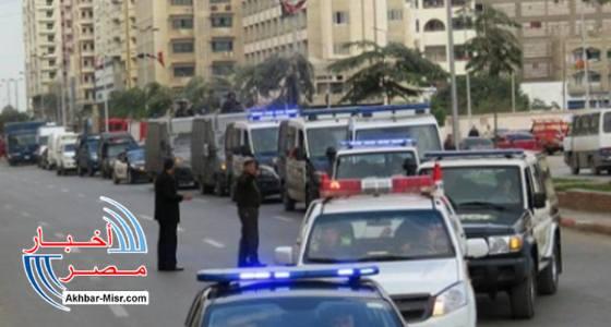 موكب لمسؤول في وزارة الداخلية المصرية