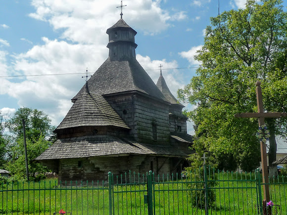 Дрогобич. Церква Воздвиження Чесного Хреста. 1661 р.