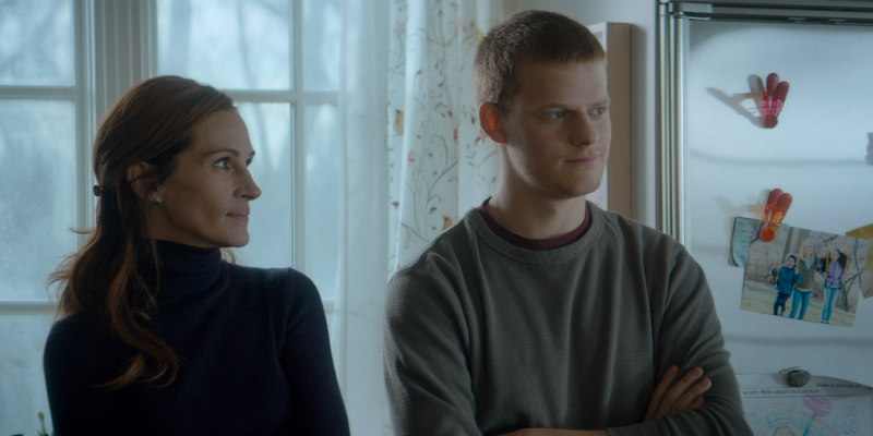 Julia Roberts & Lucas Hedges BEN IS BACK