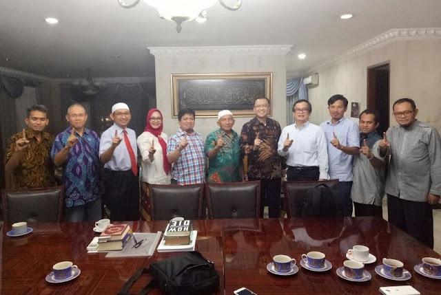 Amien Rais: Indonesia tak Butuh Pemimpin yang Penuh Pencitraan