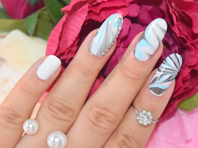 J'apprend le nail art, la technique du water marble (débutantes)