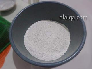 tepung terigu dan garam
