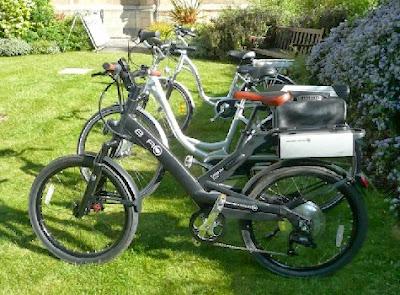 Bicicletas electricas transportando cosas
