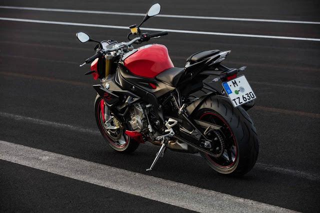 BMW S1000R 2017: 162 mã lực, trọng lượng giảm và đáp ứng chuẩn khí thải Euro 4