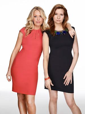 Lennon Parham es Maggie Caruso y Jessica St. Clair es Emma Crawford en Playing House - FOX+/Divulgação