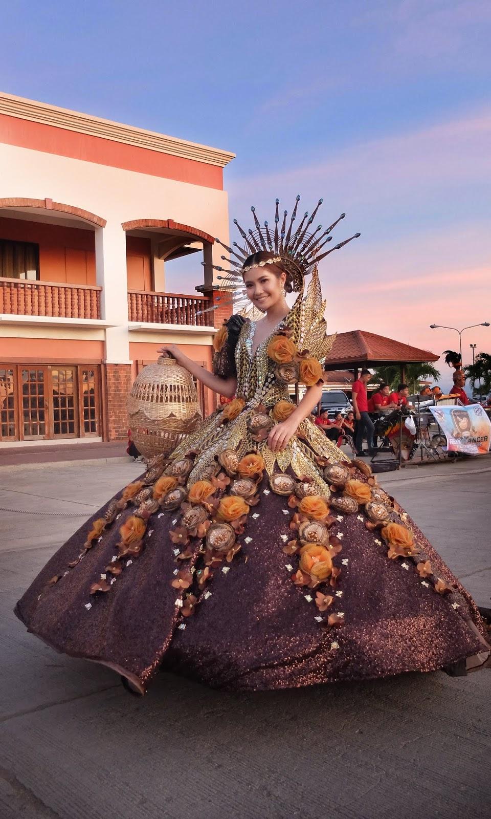 Buyogan Festival Abuyog Leyte Raustin Siocon Festival de las Bellas y Flores Gown Competition National Costume