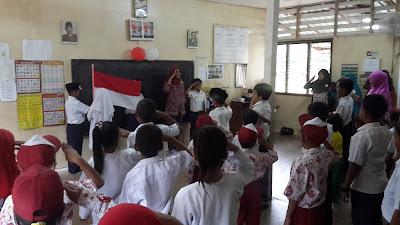Hasil gambar untuk LAGU INDONESIA RAYA WAJIB DINYANYIKAN SEBELUM KEGIATAN BELAJAR MENGAJAR DIMULAI