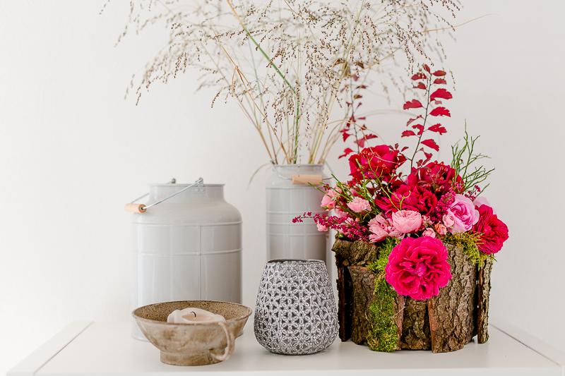 Friday Flowerday und dekorative Vase aus Rinde, DIY, Pomponetti