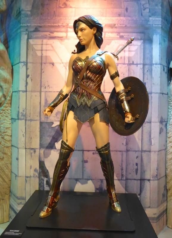 Wonder Woman costume Batman v Superman Dawn of Justice
