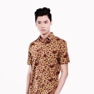 Gambar Model Baju Batik Cowok Kombinasi