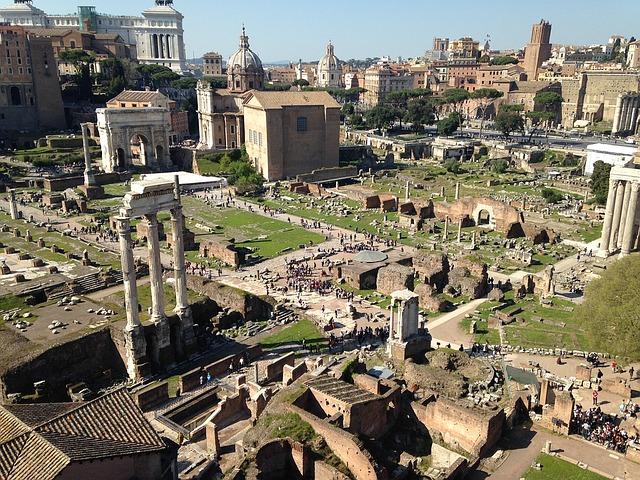 Foro romano antigüedad historia