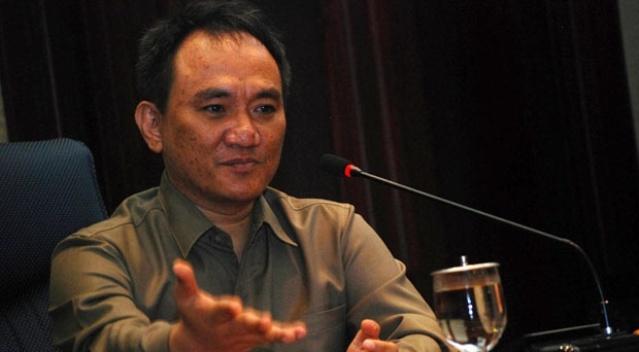 Makin Panas..!! Andi Arief Mantan Staf Khusus Presiden SBY Dilaporkan Ke Bareskrim Polda Metro Jaya Lantaran...