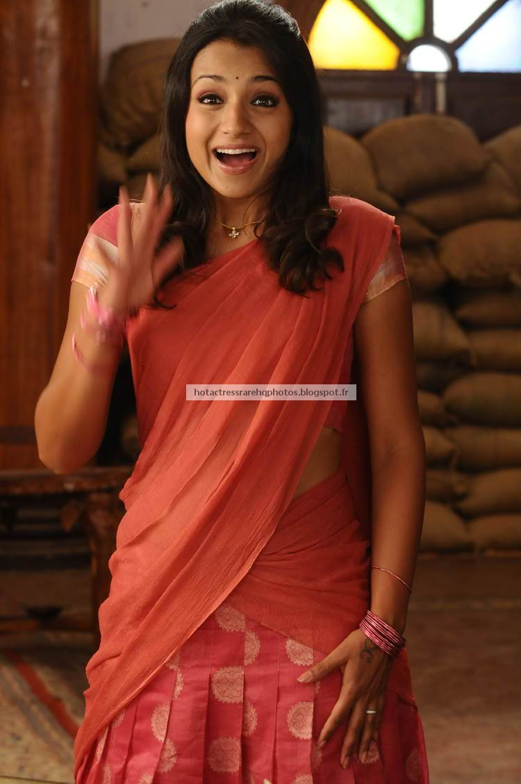 cute actress in half saree