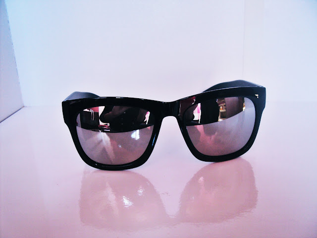 http://www.rosegal.com/sunglasses/chic-simple-quadrate-black-frame-224745.html?lkid=88916