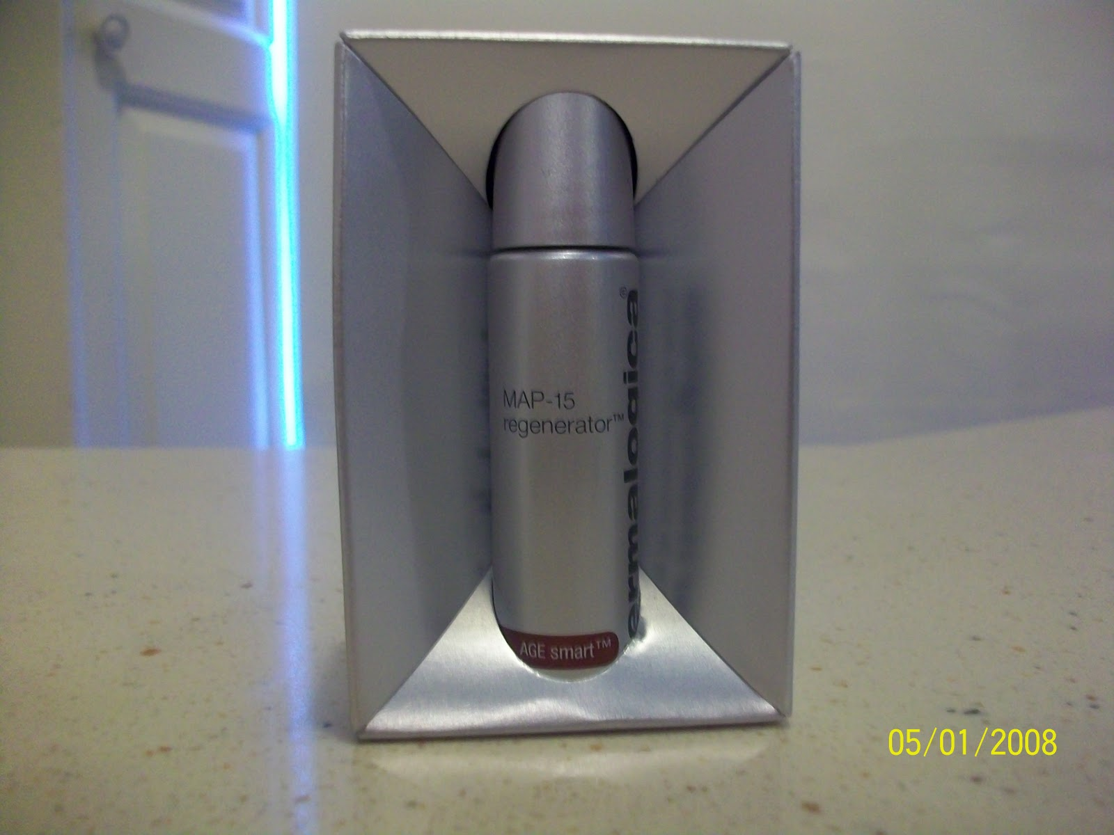 Map 15 Regenerator  The Truth   The Nu Essence of Beauty Firstly Map 15 Regenerator is a little bit differant to most skin products  on the market these days  This product is in fact a powder  which is  something we