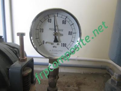 Kiểm tra áp máy thổi khí hệ thống nước thải