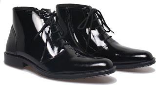 Sepatu kerja pria bertali,gambar sepatu pdh kulit,gambar sepatu satpam murah kulit,grosir sepatu boots kerja,sepatu kerja pria pake tali,toko sepatu kerja online murah,sepatu kerja dinas TNI