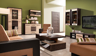 sala decorada verde marrón