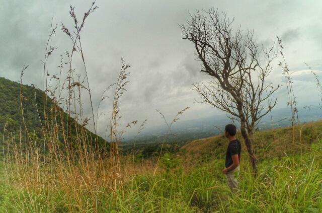 tersesat-di-gunung-ungaran-jurang