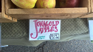 jonagold apples at seattle university district farmer's market