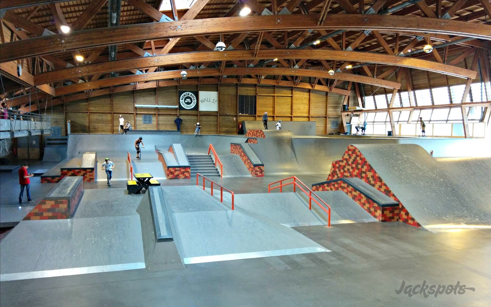gerland le skatepark couvert de lyon jackspots. Black Bedroom Furniture Sets. Home Design Ideas
