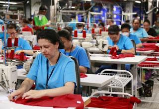 Siguiendo la tendencia de los últimos meses, el nivel de actividad del sector textil se contrajo 6,1% en el primer bimestre de 2018.