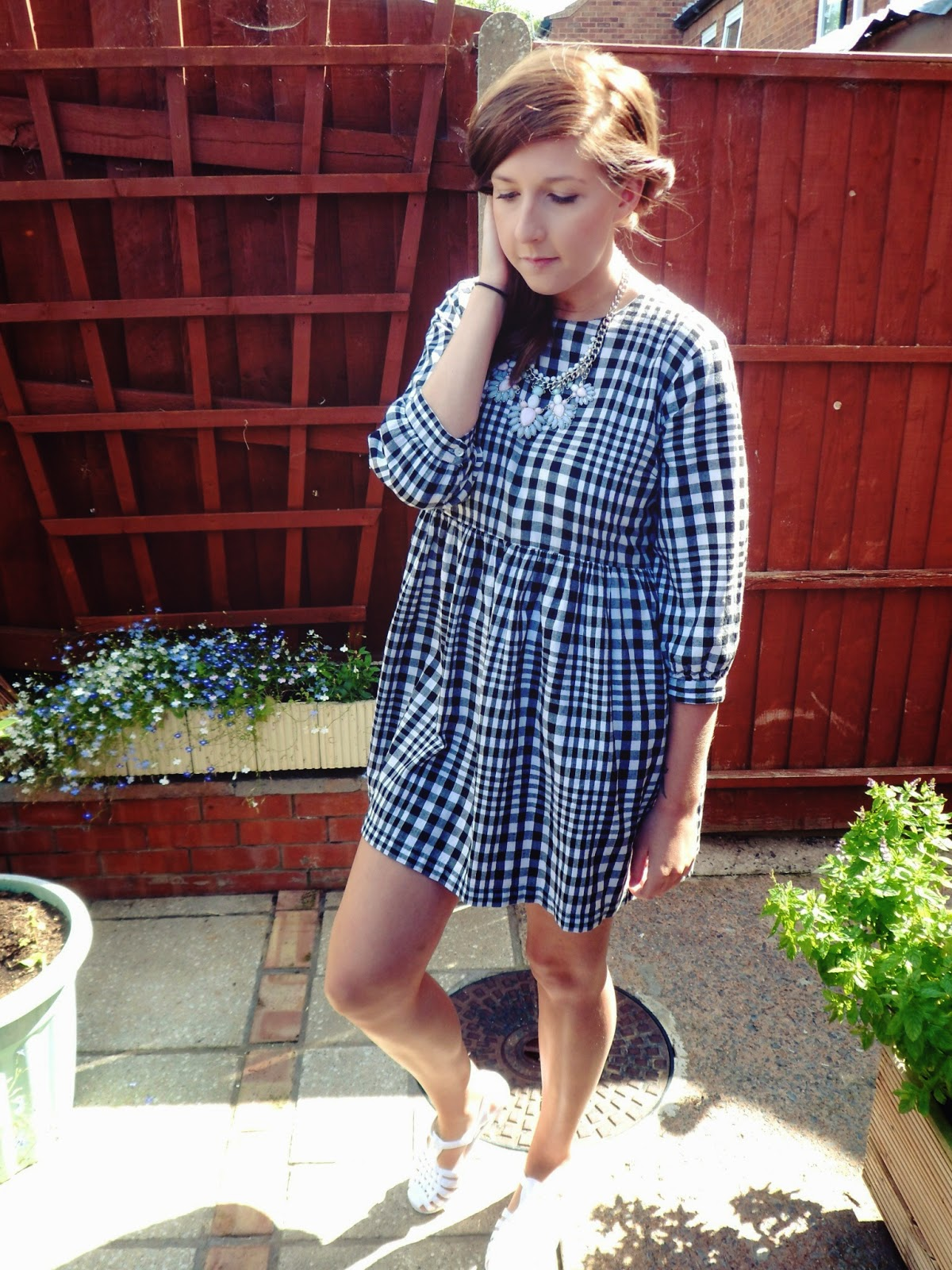 fbloggers, fashionbloggers, wiw, whatimwearing, ootd, outfitoftheday, checkdress, topshop, whatibought, fashion, primark, necklace, pastel, blackandwhite, monochrome, smockdress