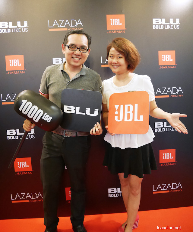 With fellow blogger, Wendy Pua at the BLU launch event