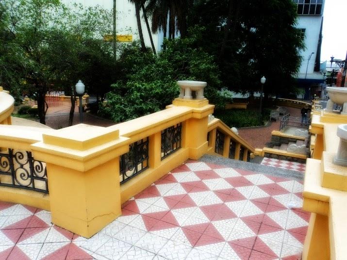 Praça Otávio Rocha, em Porto Alegre