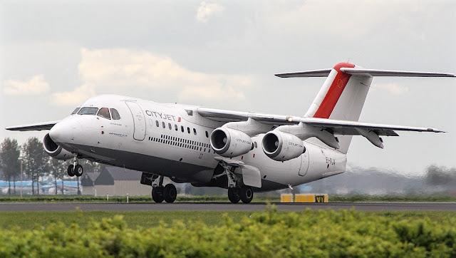 Avro RJ85 CityJet Takeoff