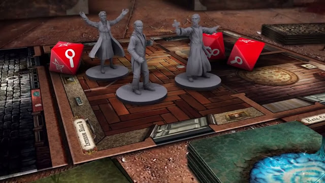 Mansions of Madness Second edition miniatures and dice