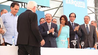 Presidente Danilo Medina entrega Proyecto La Nueva Barquita