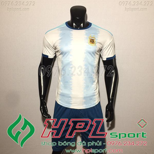 Áo bóng đá đội tuyển Argentina sọc xanh trắng