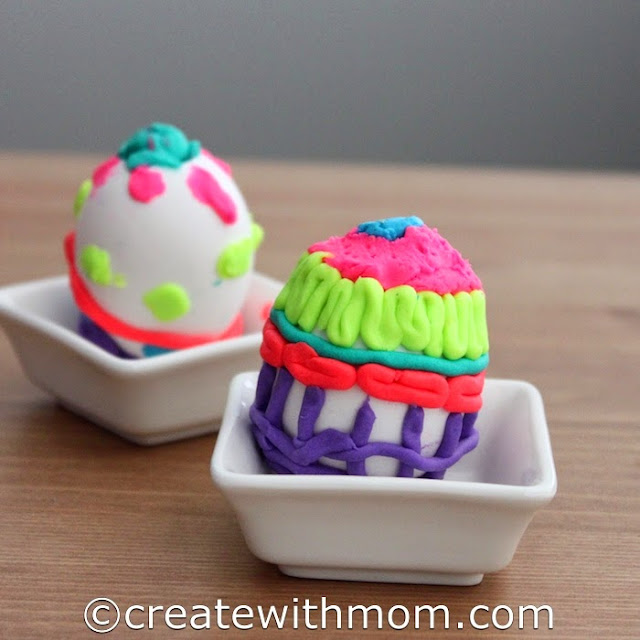 DohVinci decorated Eggs