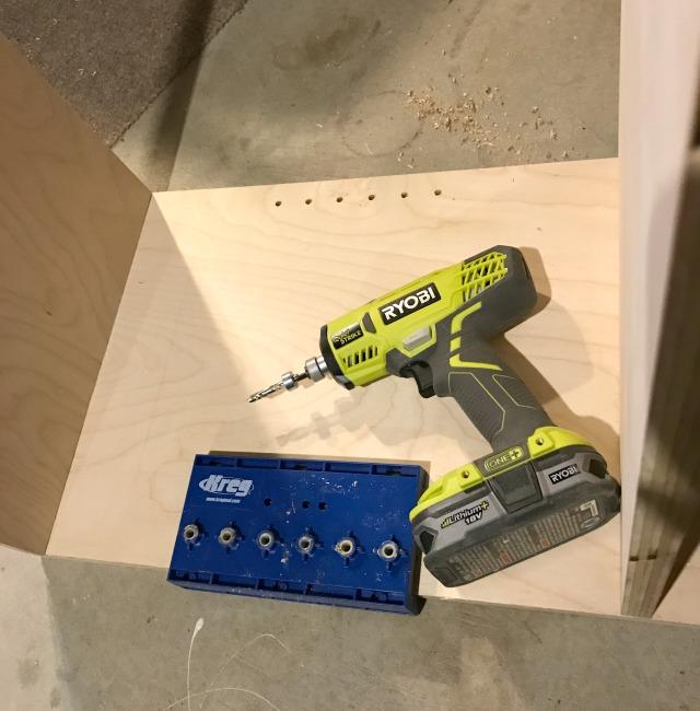 Kreg shelf pin jig for movable shelves