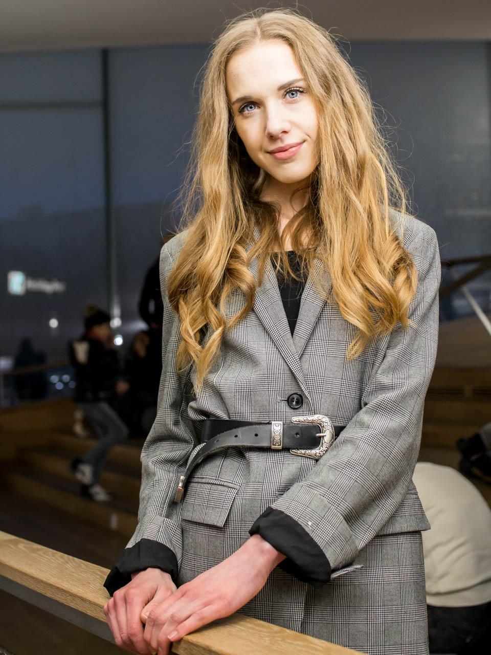 How to style belt with a blazer - Kuinka pukea vyö bleiserin kanssa
