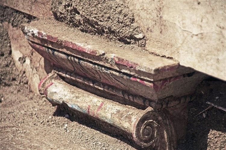 Architectural elements emerge at Amphipolis tomb
