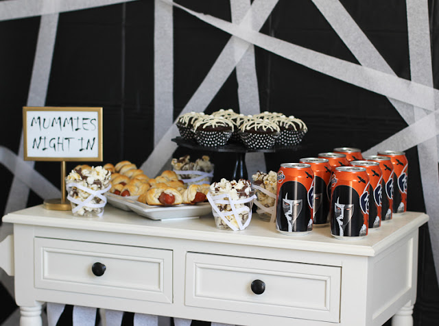 Food and decor ideas for a fun mummy Halloween Party