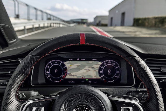 VW Golf GTI 2019 TCR 290 cv - Active Info Display