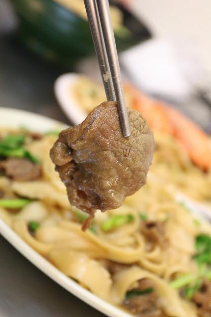 台南50元刀削麵