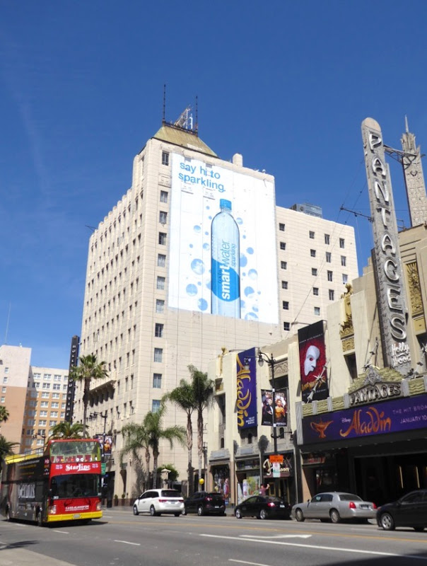 Smartwater Say hi to sparkling billboard