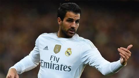 Tak Bahagia di Chelsea, Fabregas disarankan ke Madrid