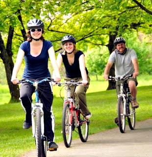 Paseo en bicicleta aire libre beneficios salud