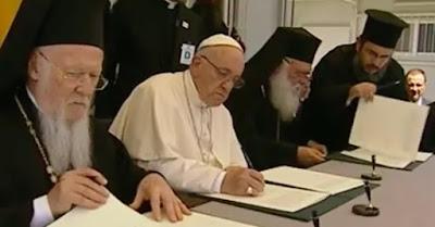 Papa pede aos refugiados que não percam a esperança